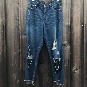 A&F distressed signature collection jeans